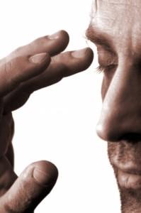WHAT ARE THE SIGNS OF MIGRAINE ATTACK? 30 MIGRAINE SYMPTOMS, WWW.MIGRAVENT.COM